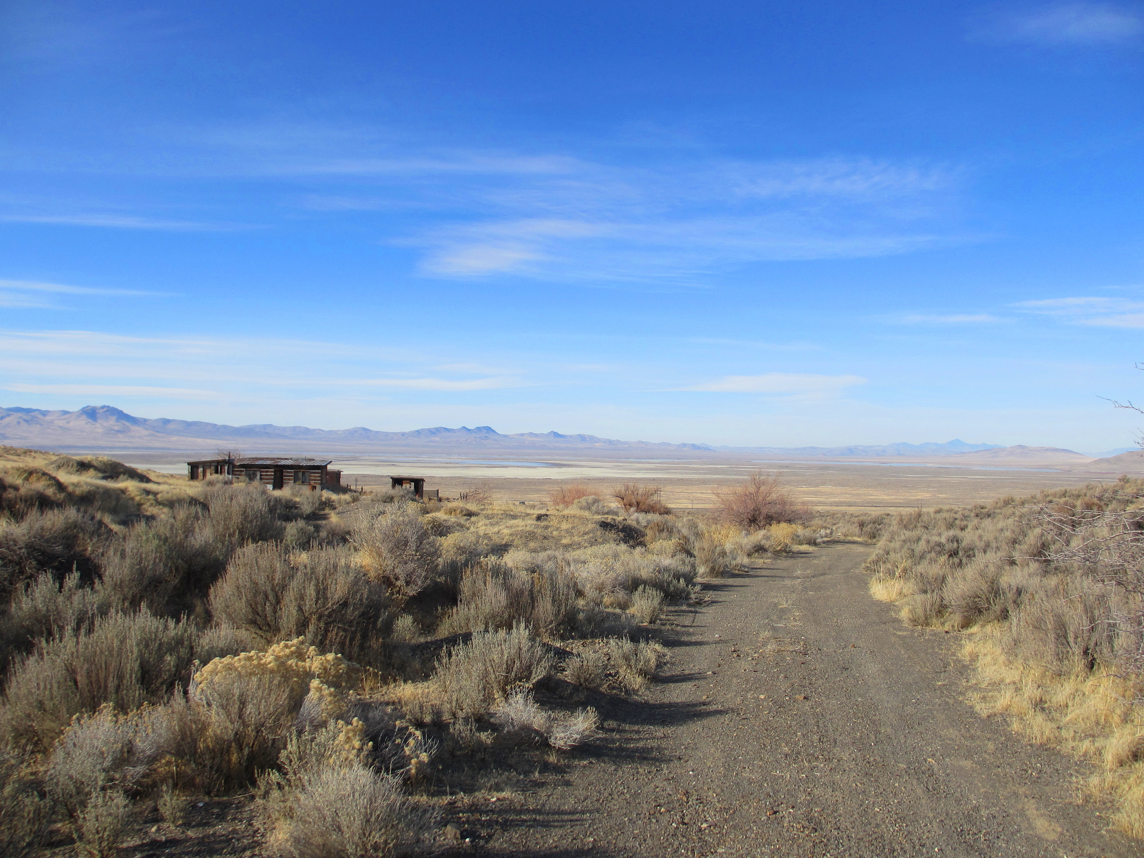 ... and Beautiful: Abandoned Desert Homestead » Nevada Desert Homestead: http://godguidesme.com/2012/02/25/broken-and-beautiful-abandoned-homestead-in-the-nevada-desert/img_0535-edited